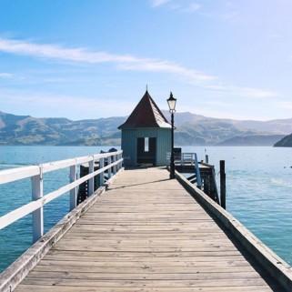 Jour 177 : Hello la Nouvelle-Zélande ! On a récupéré Loulou, notre van pour 38 jours et on commence par l'île du Sud avec Akaroa 🇳🇿